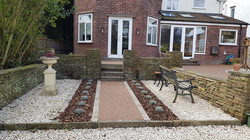 R9 - Chilli Chocolate Mix (2)  Resin Bound Driveway Surfacing at Brookside  in Chesterfield with Blo