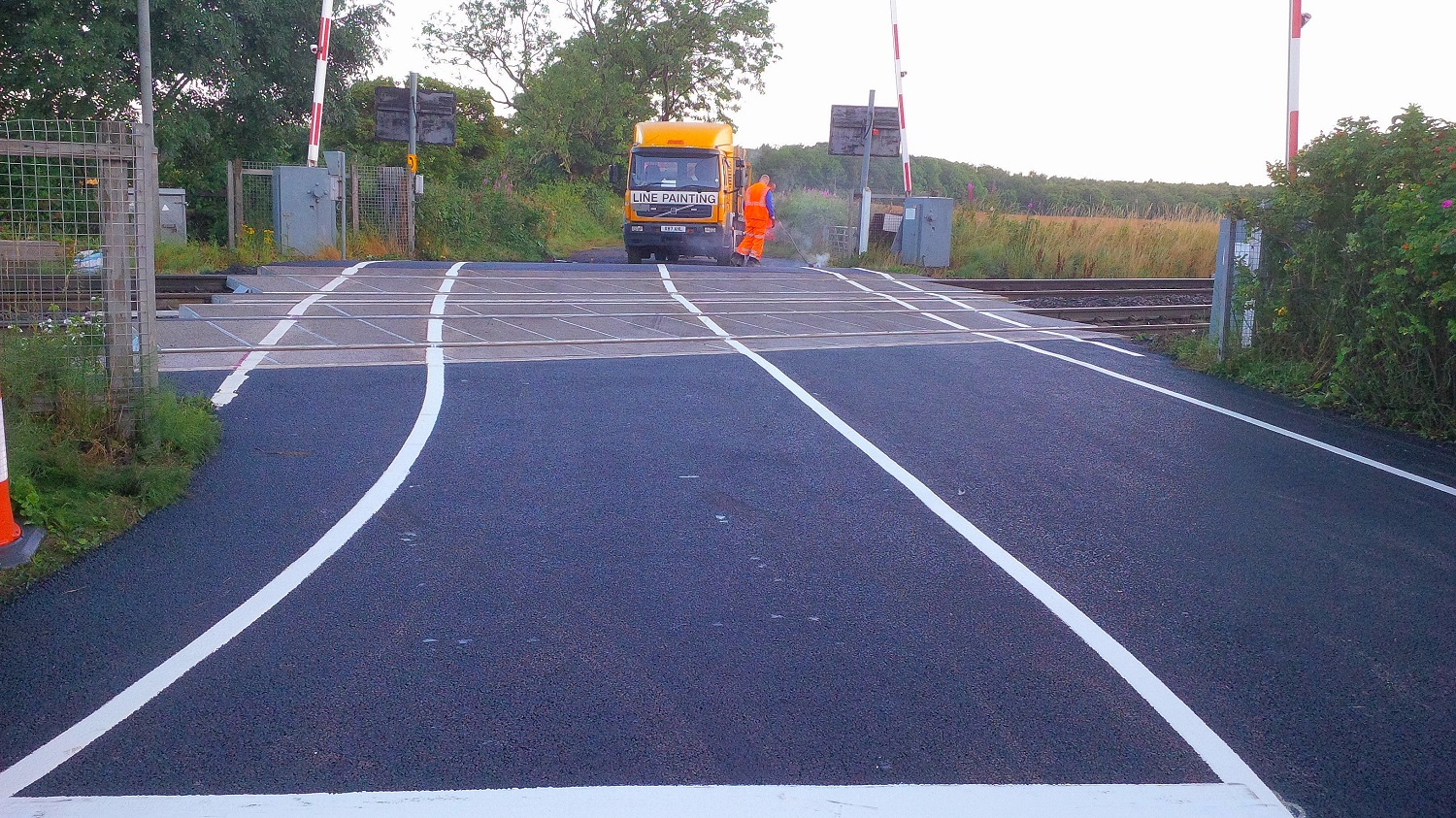 F47  Tarmac Road Surfacing to Network Rail Level Crossing