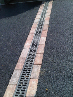 D46  Tarmac Driveway Surfacing with ACO Drainage Channel and Brindle Block Border in Chesterfield