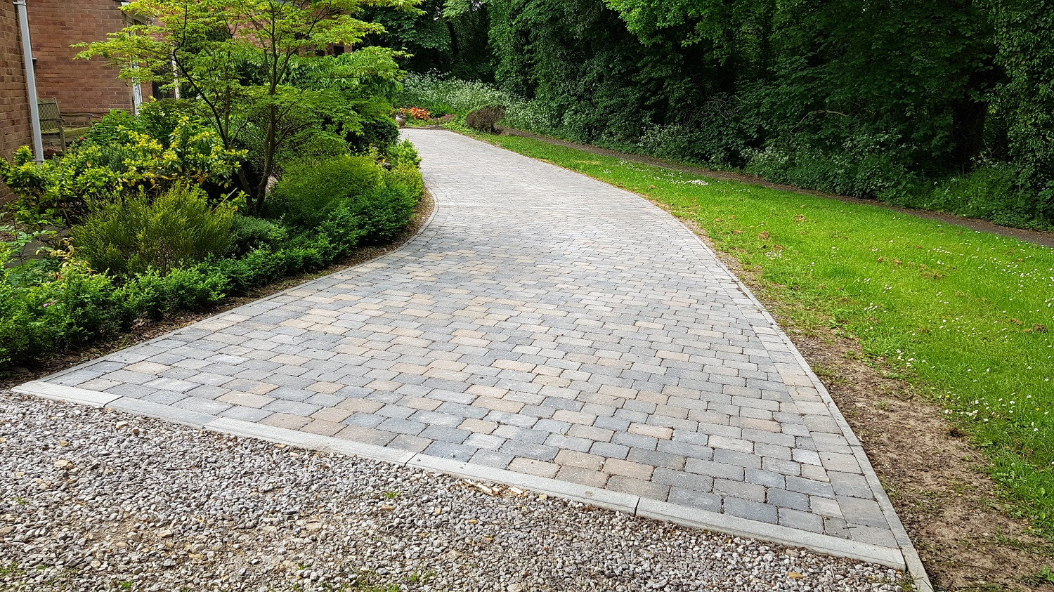 C25 Plaspave Sorrento Granite Stone and Sarsen Stone Block Paving Driveway at Linacre Woods in Chest