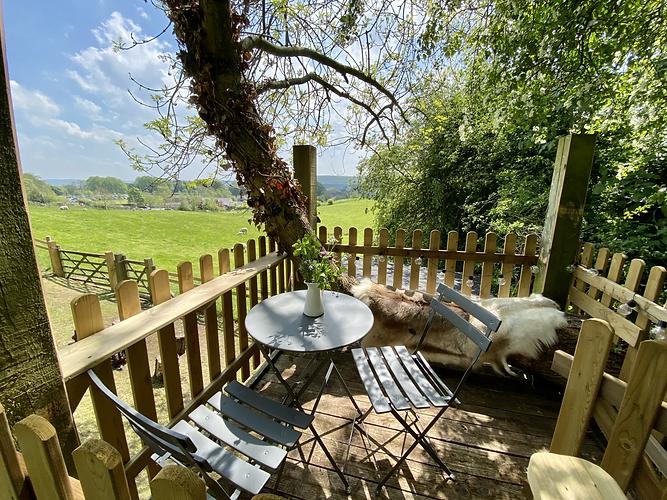 The Hut Eyam - Staycation Accommodation, Derbyshire