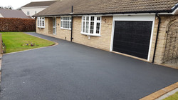 D33  Tarmac Driveway Surfacing with Plaspave Sorrento Block Border at Newbold in Chesterfield
