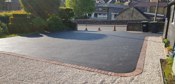D30  Tarmac Driveway Surfacing with Brindle Block Border at Matlock in Chesterfield