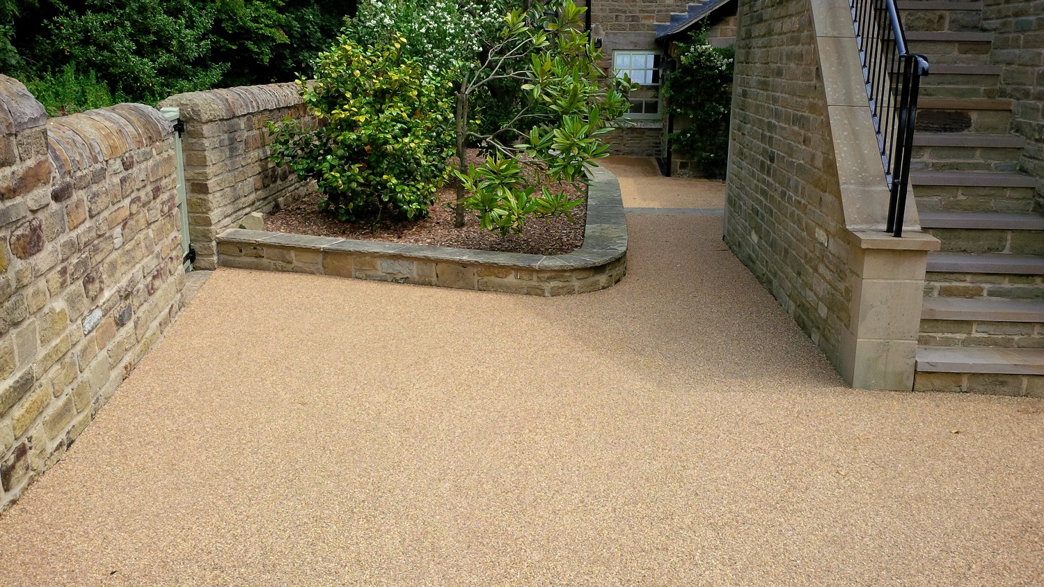 B7c - Resin Bonded Driveway Surfacing at Wingerworth in Chesterfield