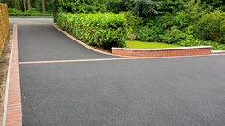 D22  Tarmac Driveway Surfacing with Brindle Block Border at Walton in Chesterfield
