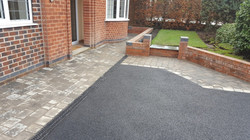 D15  Tarmac Driveway Surfacing with Plaspave Sorrento Granite Stone Block Border at Newbold in Chest
