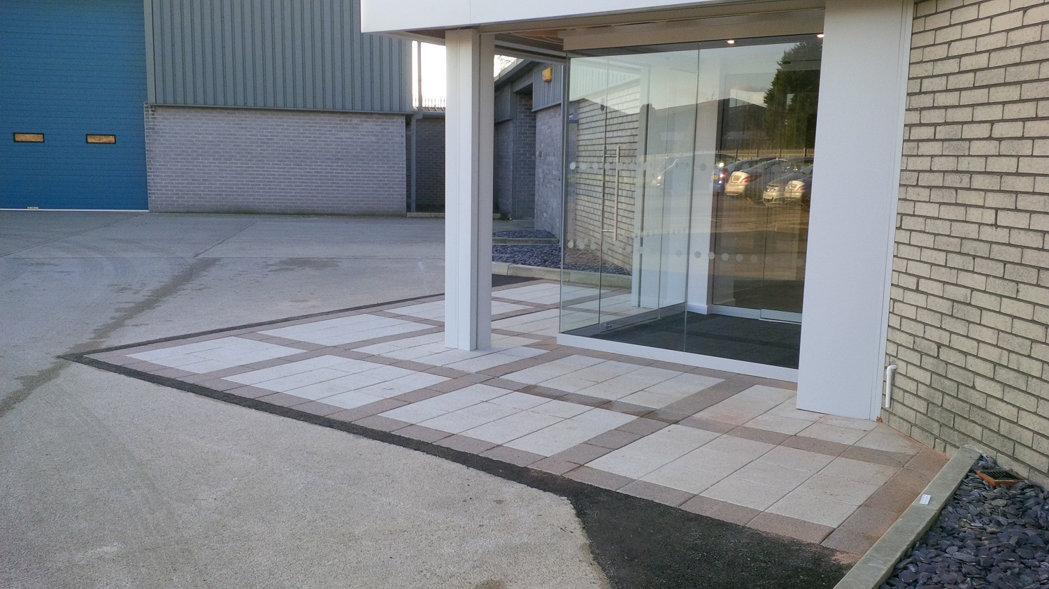 H6 Marshalls Argent Paving in Pinxton, Derbyshire