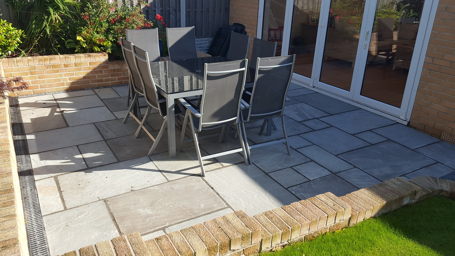H10 Pennant Grey Indian Sandstone Paving Patio at Dronfield