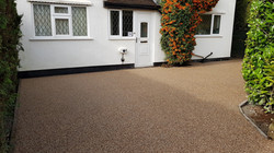R27 - Milk Chocolate Mix Resin Bound Driveway Surfacing at Somersall in Chesterfield