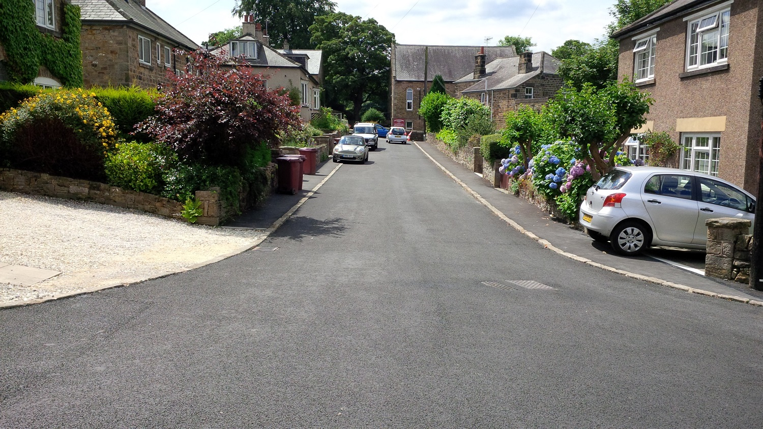 F34  Tarmac Surfacing to Private Access Road at Holymoorside in Chesterfield