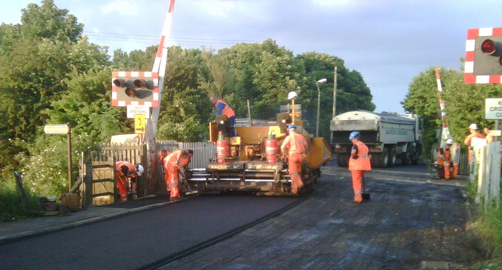 F69 Tarmac Road Surfacing to Network Rail Level Crossing