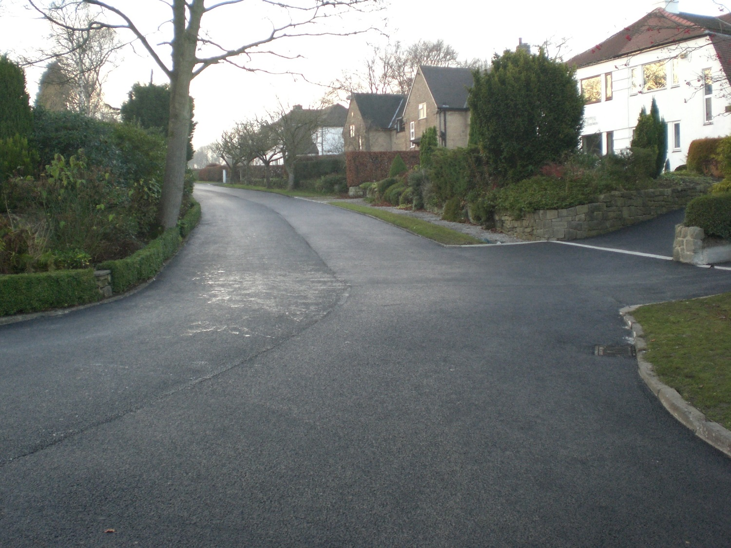 F40  Tarmac Surfacing to Private Access Road at Shatton in Hope Valley