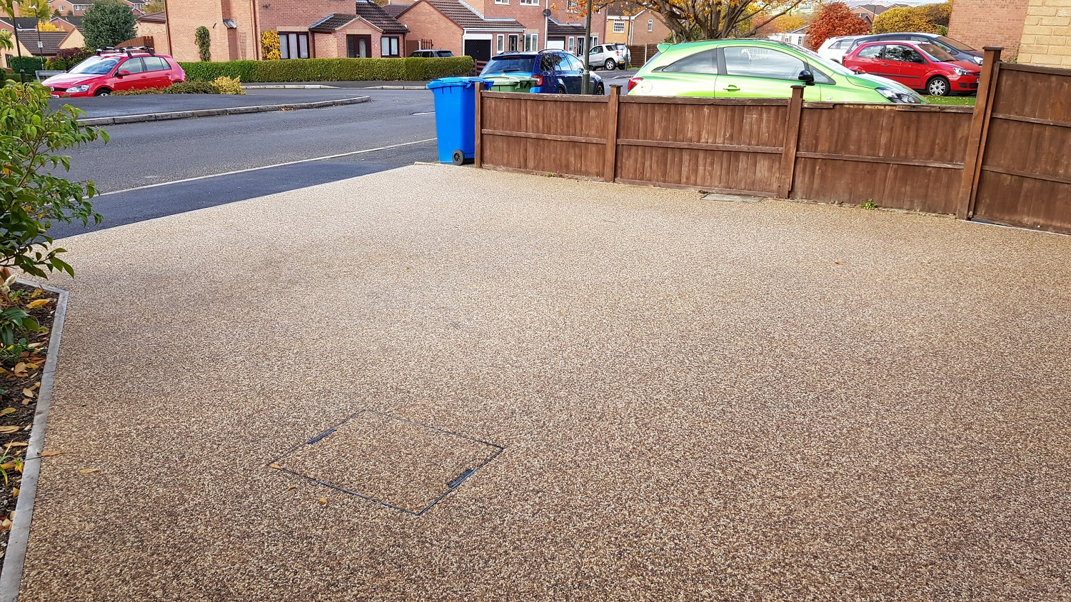 R2 - Chocolate Mix Resin Bound Driveway Surfacing at Walton in Chesterfield