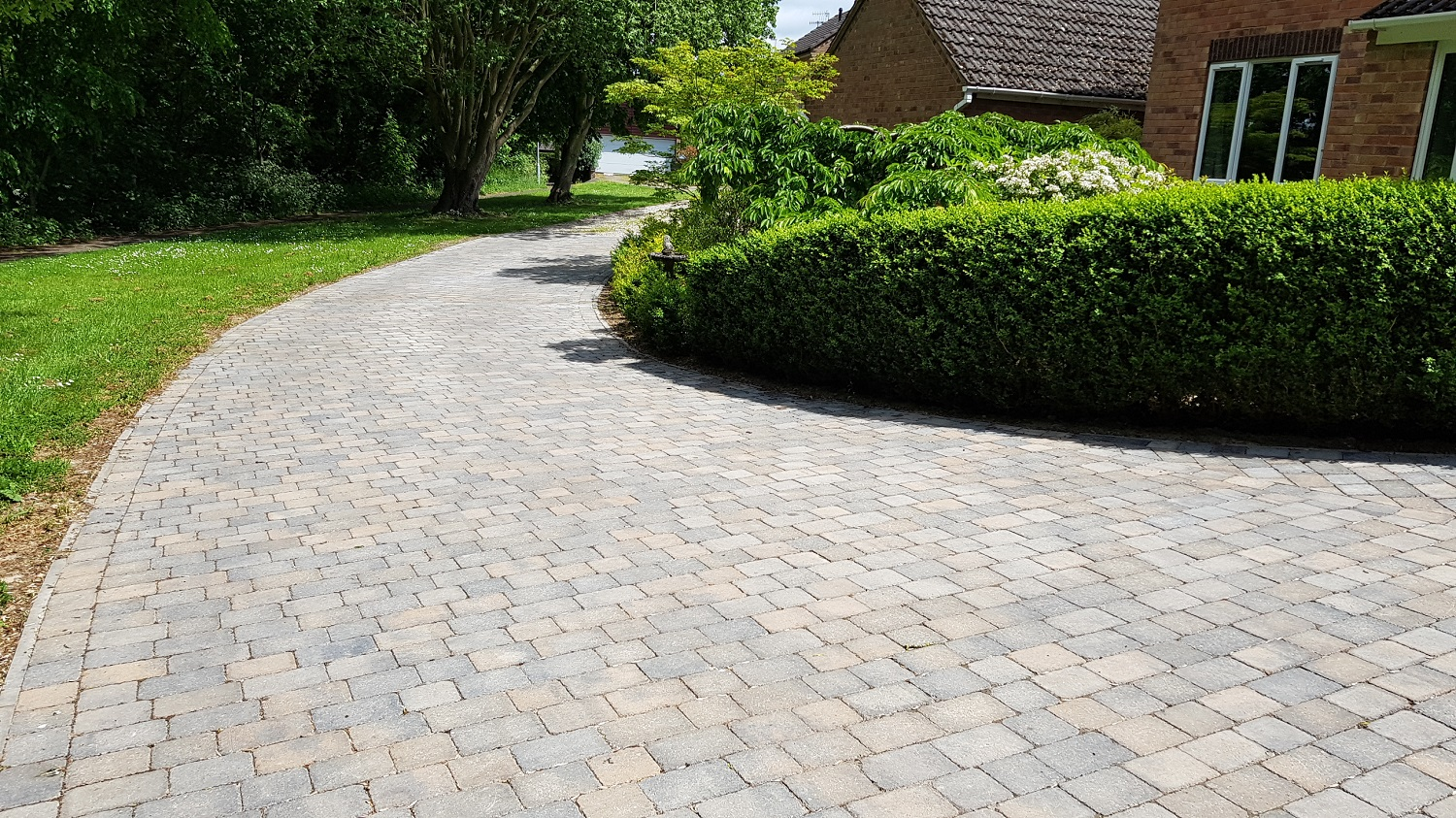 C28 Plaspave Sorrento Granite Stone and Sarsen Stone Block Paving Driveway at Linacre Woods in Chest