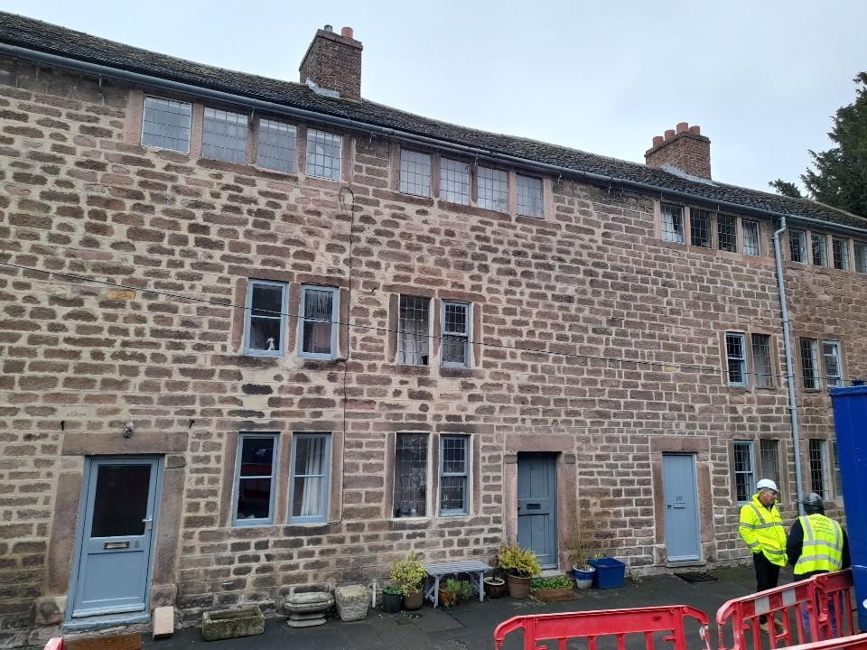 Refurbishment of windows, doors and stone to 6 houses. North Street was the earliest planned industrial housing in the world, 1771. Arkwright framework-knitting machinery in the attics.