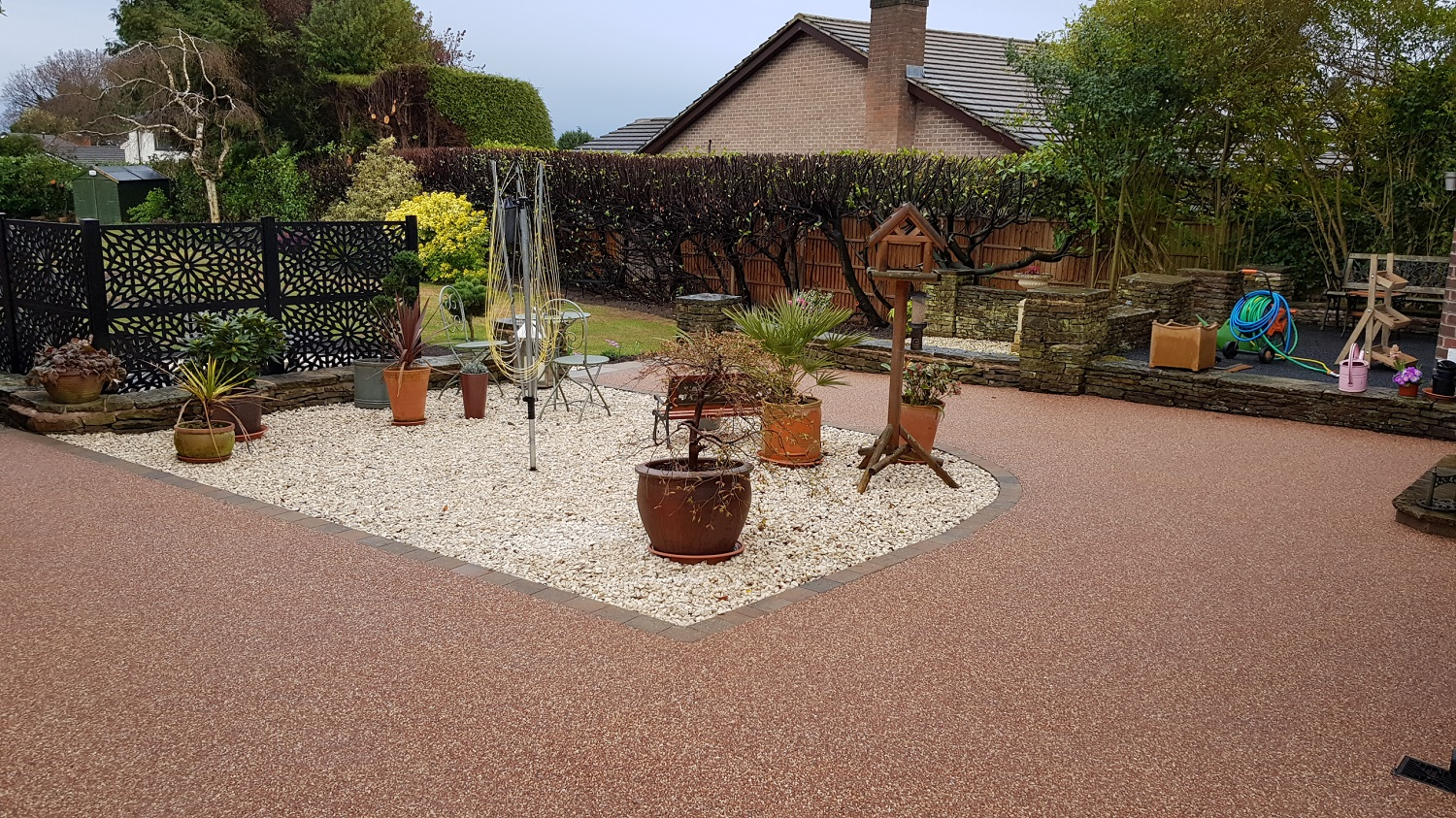R12 - Chilli Chocolate Mix (2)  Resin Bound Driveway Surfacing at Brookside  in Chesterfield with Bl