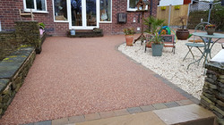 R8 - Chilli Chocolate Mix (2)  Resin Bound Driveway Surfacing at Brookside  in Chesterfield with Blo