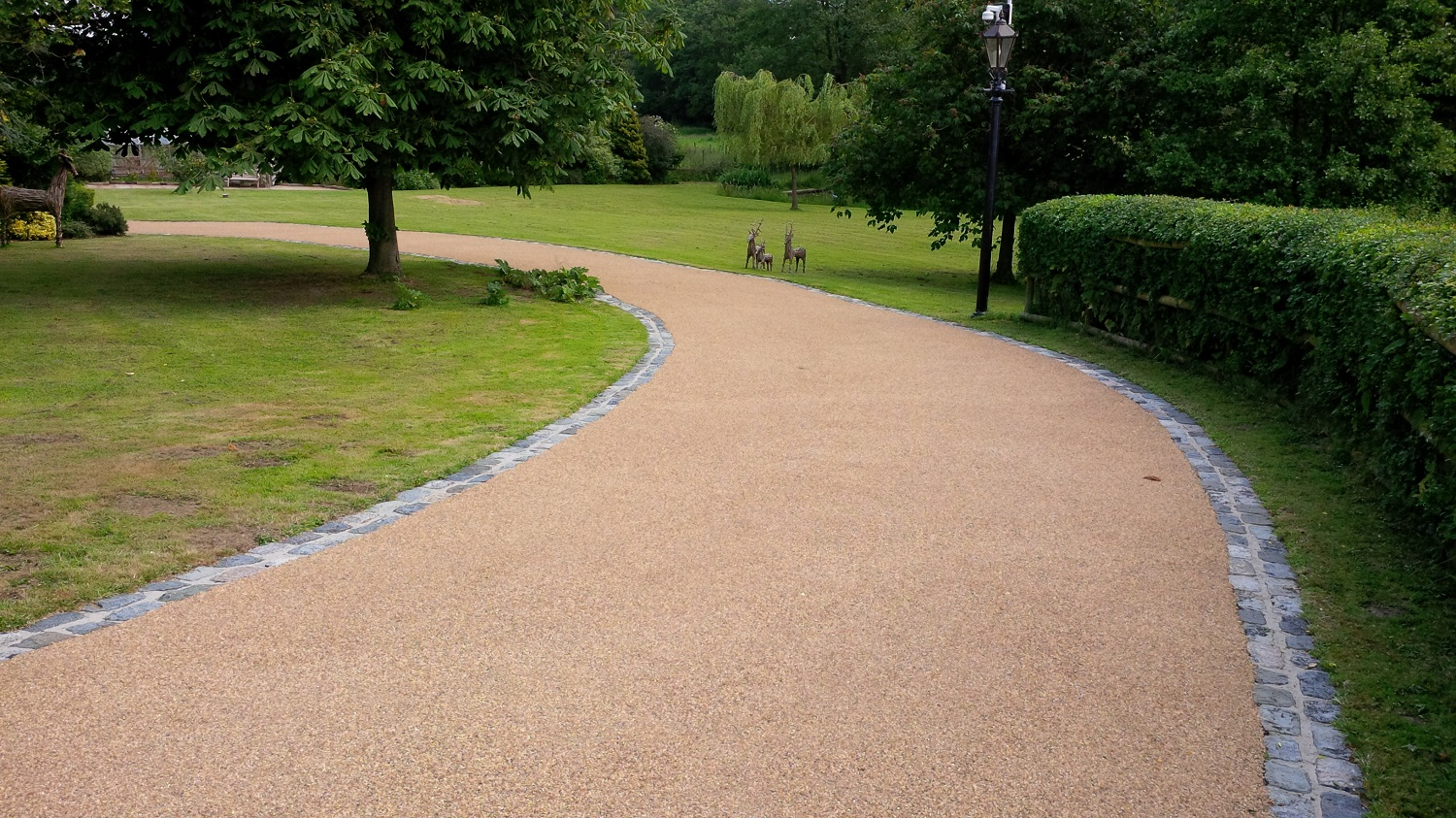 B7 - Resin Bonded Driveway Surfacing at Wingerworth in Chesterfield