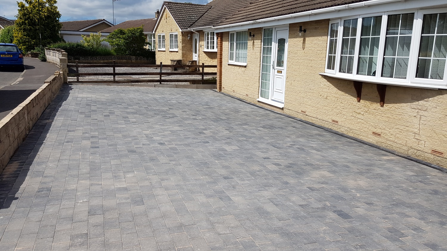C34 Plaspave Premia Granite Stone Block Paving Driveway at Linacre Woods in Chesterfield
