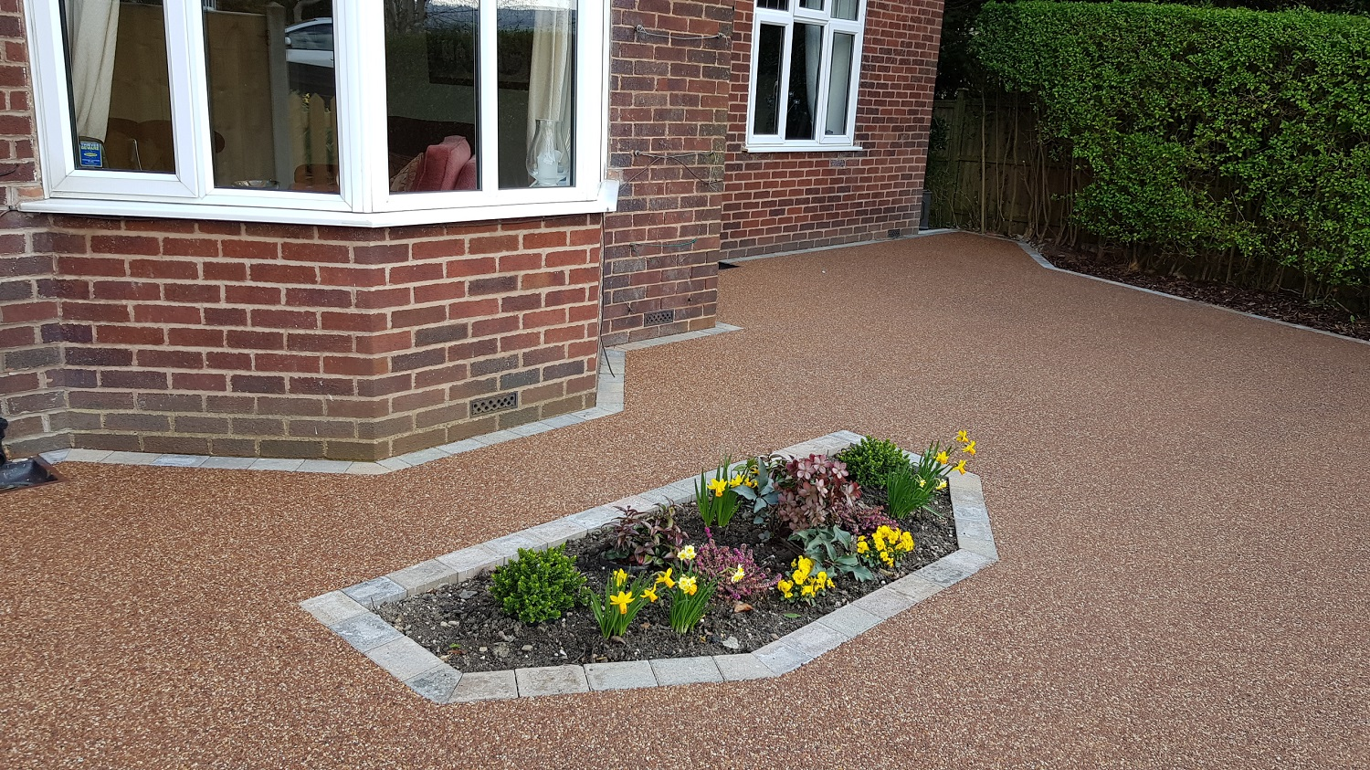 R18 - Chilli Chocolate Mix (2)  Resin Bound Driveway Surfacing at Brookside  in Chesterfield with Bl