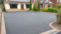D1 Tarmac Driveway Surfacing with Brindle Block Border at Temple Normanton in Chesterfield