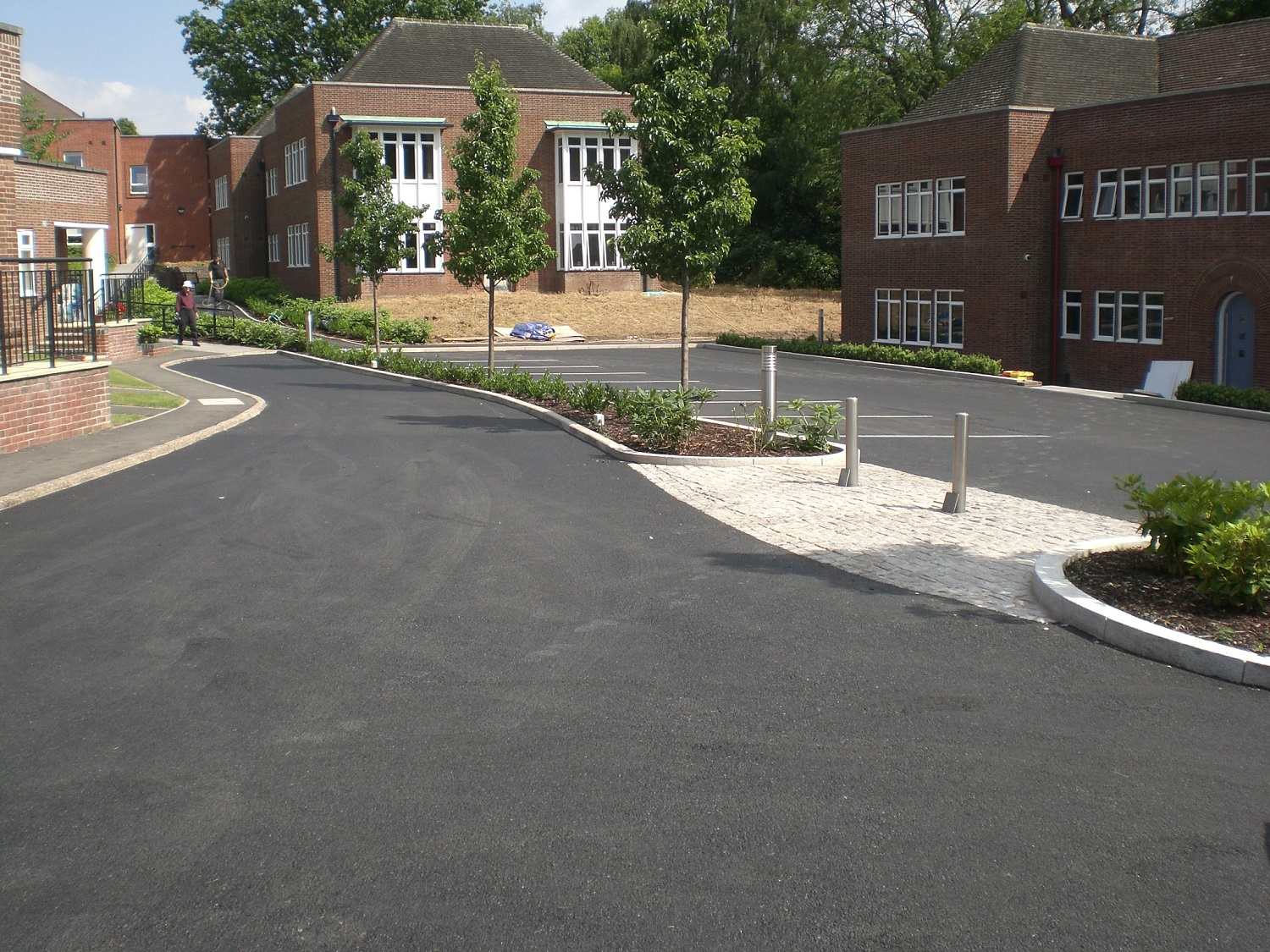 F20  Tarmac Surfacing to Car Park in Derby