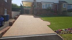 R26 - Custom Mix Resin Bound Driveway Surfacing at Loundsley Green in Chesterfield