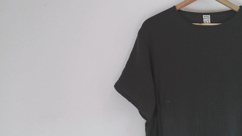 Arya - short sleeve box top