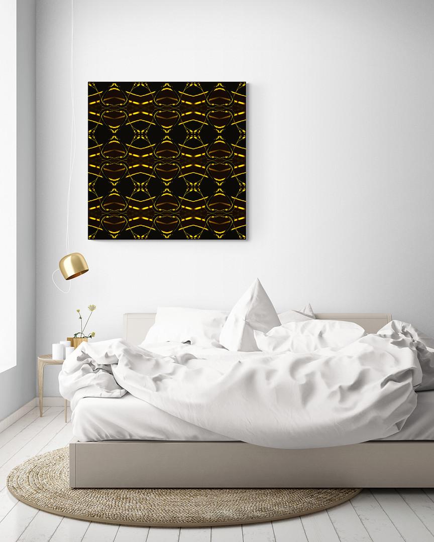 GOLDENLEAVES-Gold on black