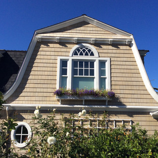 Pacific Ocean Shingle Cottage