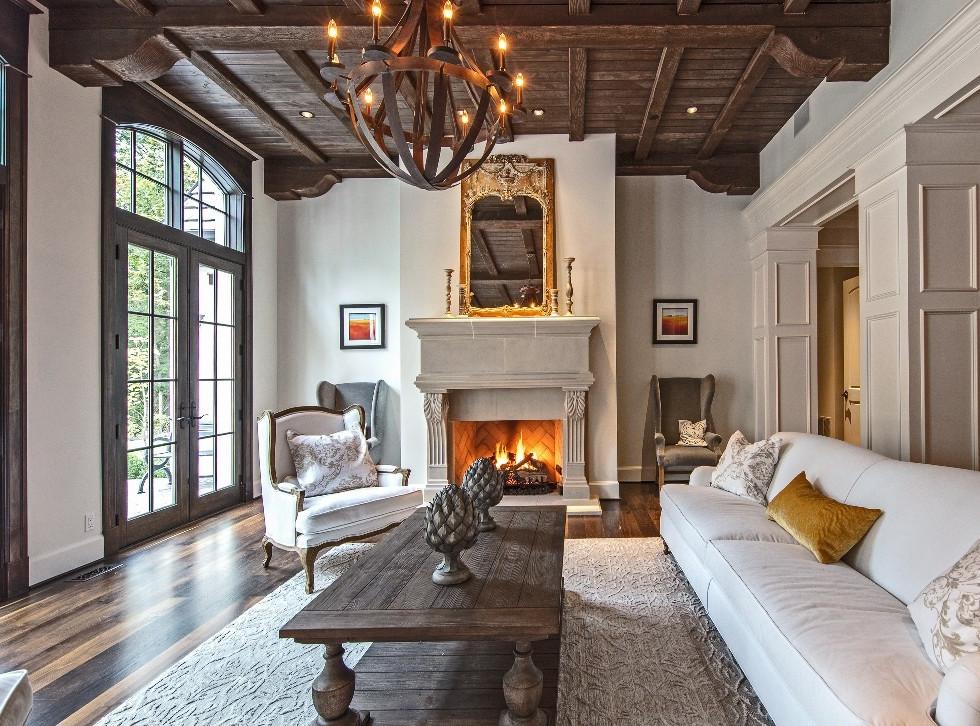 Grand Ridge Manor