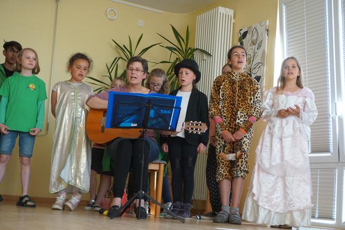 Chorauftritt im Alten- und Pflegeheim der Johanniter