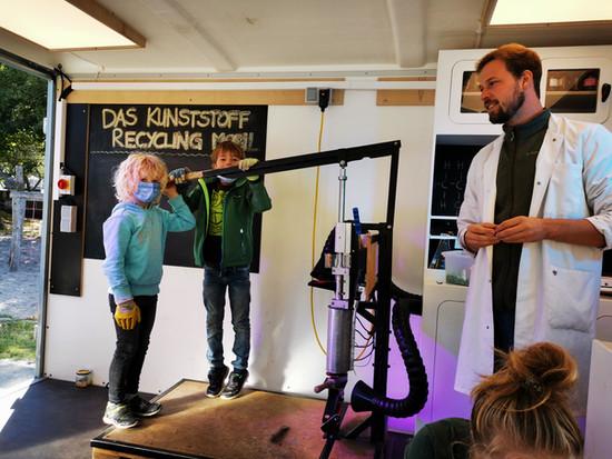 Das Recycling Mobil zu Besuch an der Grundschule St.Nicolai