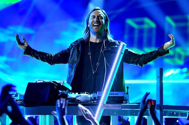 El dj David Guetta durante una actuación. / Fuente: Radio One FM