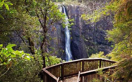 Ellenborough Falls Lookout.jpg