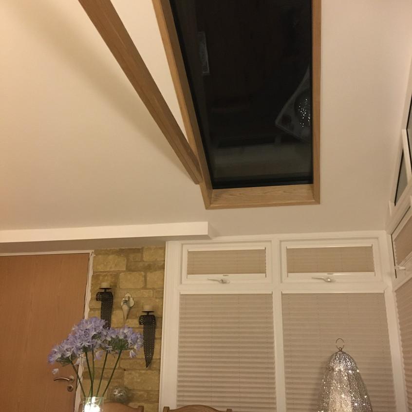 Hybrid roof interior