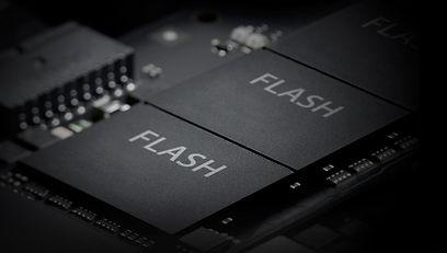 flash_edited_edited.jpg