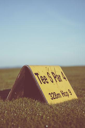 field-sign-grass-outdoors-119814.jpg