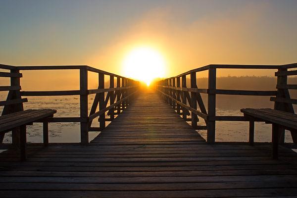 beach-bench-boardwalk-bridge-276259.jpg