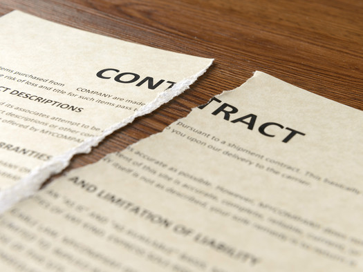 Breach of Contract: When Should I Sue for Breach of Contract?