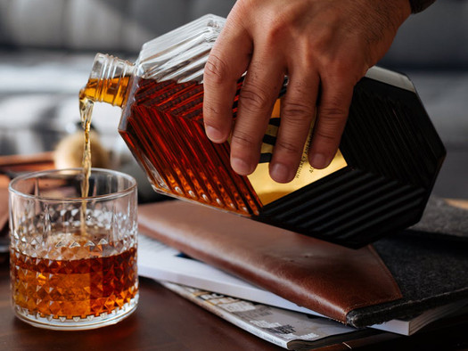 How to Carefully Address Alcoholism in the Workplace