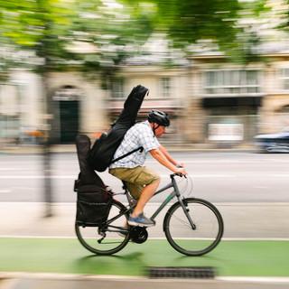 transport en vélo dans paris, coronapiste, photo laurent delhourme