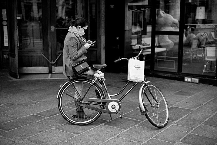 Laurent Delhourme - Street Photographer - Paris