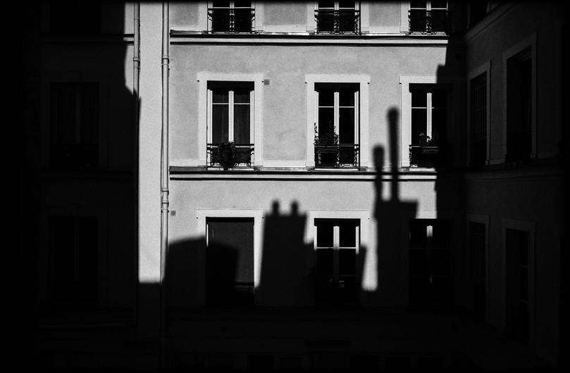 Laurent Delhourme - French Street Photographer - Paris - vue depuis ma Fenêtre