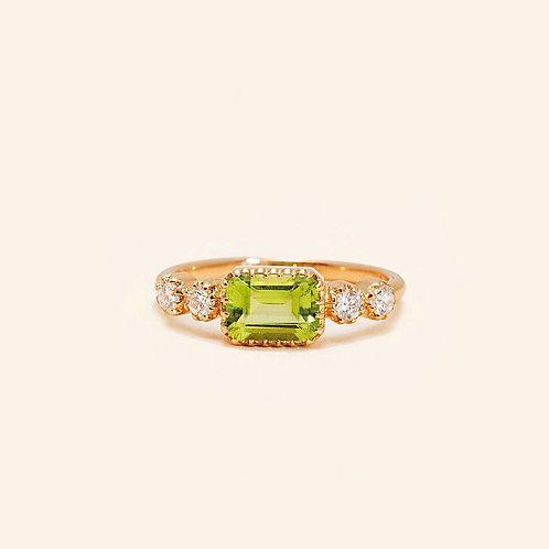 Antoinette Peridot Ring