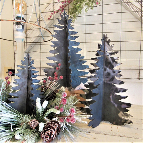 Metal 3-D Christmas tree Decor