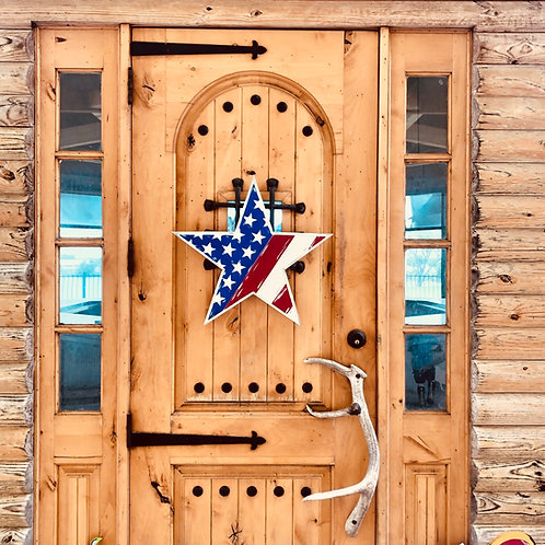 Star Fourth of July Flag Door Hanger | Engraved Paint by Grooved lines | DIY