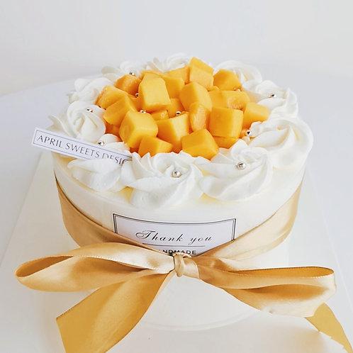 Classic Mango Cake