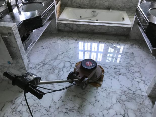 Abrillantado de mármol en girona y provi