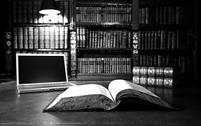3840x2400_px_books_laptop_library_table-